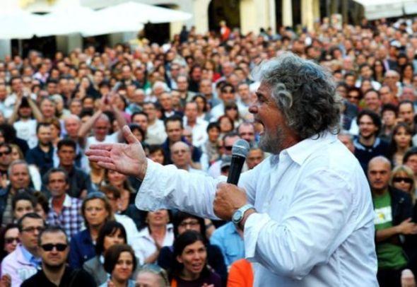 Beppe Grillo e lo sciame