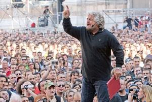Piazze piene per Beppe Grillo